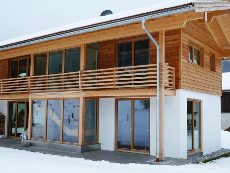 Holzboden balkon l rche kreative ideen f r for Wohndesign tegernsee
