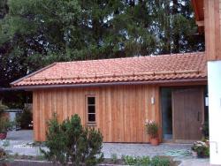 Garage mit Lärchenholzfassade